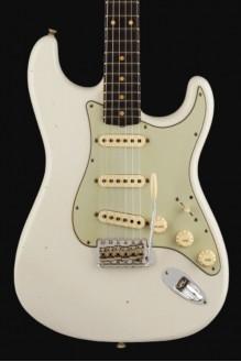 1960 Stratocaster custom-built ltd journeyman relic aged olympic white